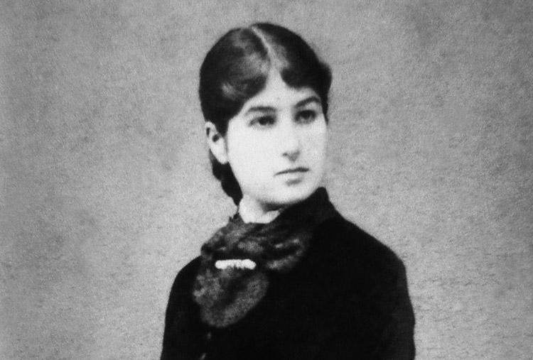 Femmine e Muse Dannunziane Giselda Zucconi